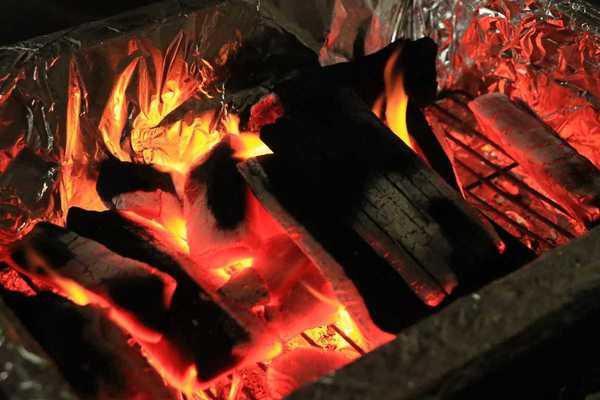 炭火が美味い