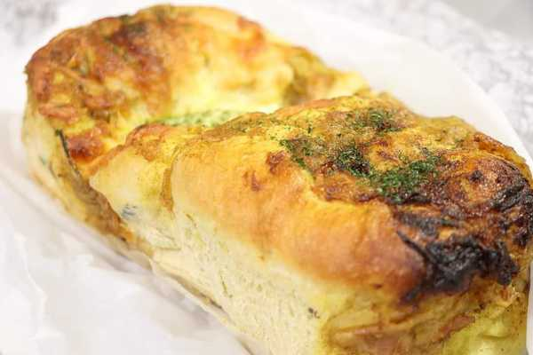 妻の手作りパン